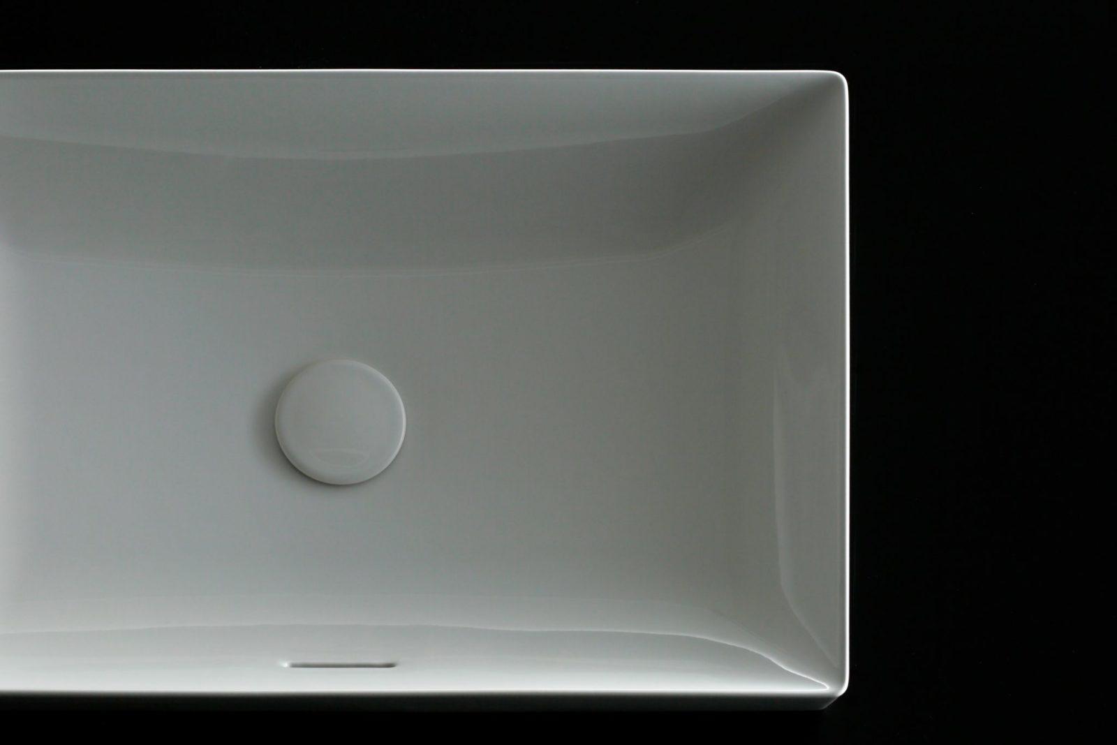 TOTO Раковина Linear Ceram накладная  600 мм, без отверстия под излив, с переливом, с квадратным вентилем
