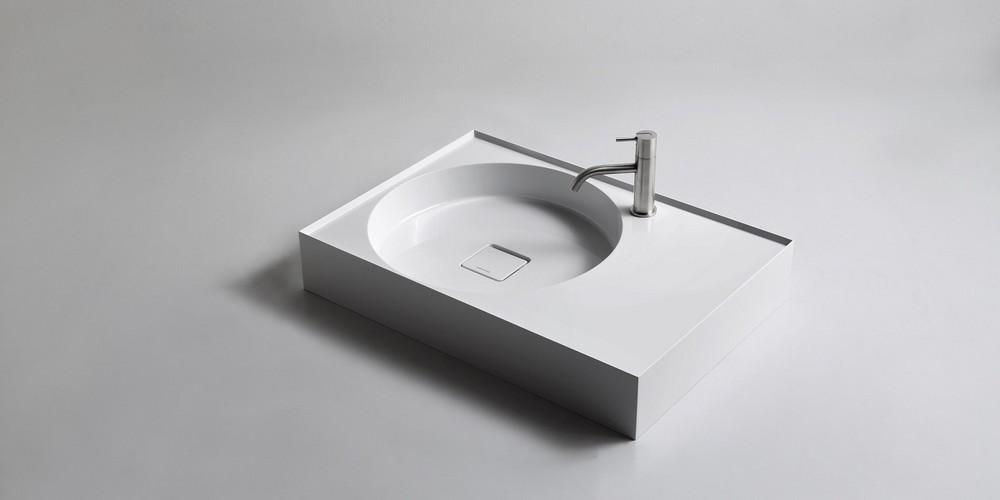 Graffio Аntonio Lupi раковина прямоугольная с установкой на столешницу или навесная из материала Ceramilux с полкой, в комплекте с донным клапаном и фитингом для сифона 72х50х12 см