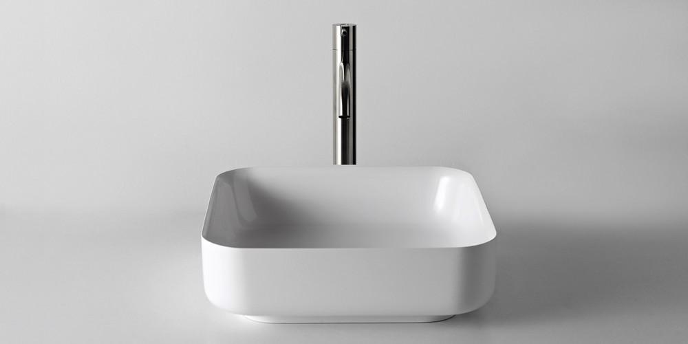 Bolo Аntonio Lupi раковина квадратная из материала Flumood или Ceramilux, для установки на столешницу, в комплекте с донным клапаном и фитингом для сифона 40х12,5 см