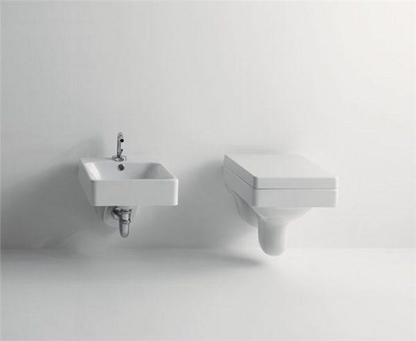 Cento Kerasan Унитаз подвесной, модель прямоугольная с сидением Soft&Close  51смx35смx28см