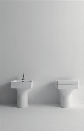 Cento Kerasan Унитаз соло, модель прямоугольная с сидением Soft&Close  51смx35смx34,5 см