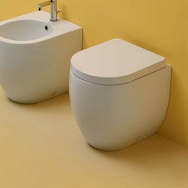 Flo Kerasan унитаз приставной, 48 см слив в стену  с сиденьем с плавным опусканием